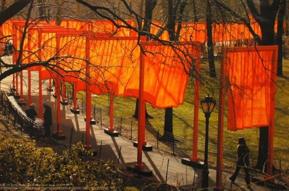 Christo and Jeanne-Claude: The Gates, Central Park, New York City, 1979-2005, Photo Wolfgang Volz